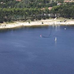 le lac et sa base de loisirs